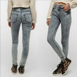 BDG | UO Acid Wash High Rise Twig Ankle Jeans 27